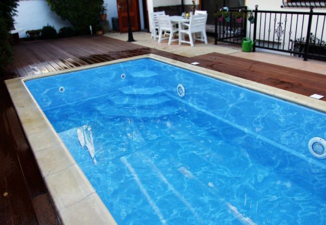 GFK Pool Modell California 2
